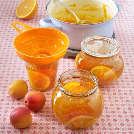 Aprikosen-Orangen-Konfitüre mit Kokos Rezept