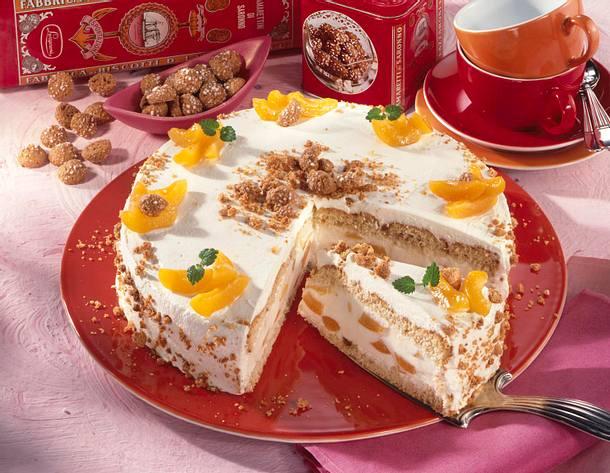 Aprikosen-Sahne-Torte mit Amarettini Rezept