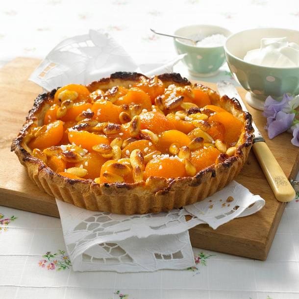 Aprikosen-Tarte mit Mandeln Rezept