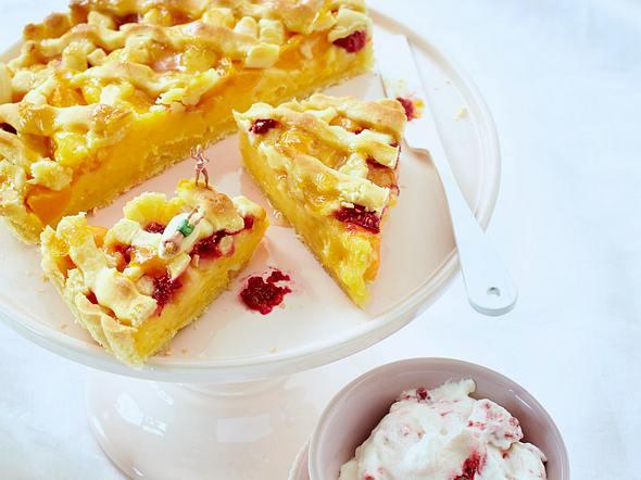 Aprikosen-Tarte mit Teigdeckel Rezept