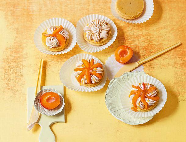 Aprikosentartelettes à la Macaron Rezept