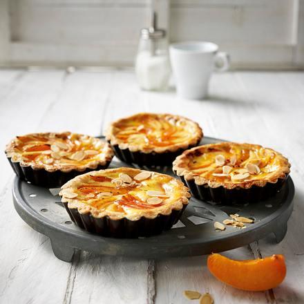 Aprikosentörtchen mit Schmandguss Rezept