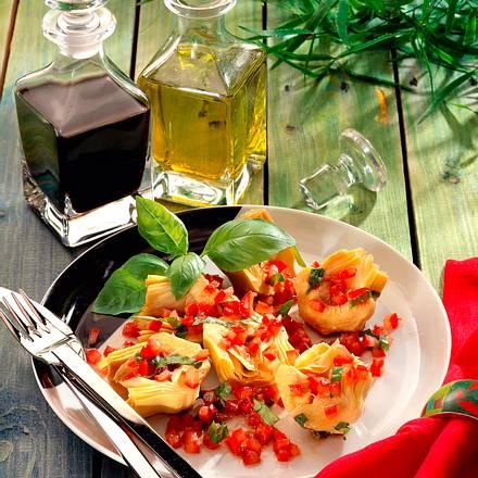 Artischockenherzen mit Tomaten-Balsam-Vinaigrette Rezept