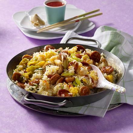 Asia-Reispfanne mit Bratwurst Rezept
