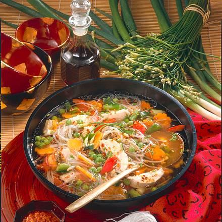 Asiatische Geflügelsuppe Rezept