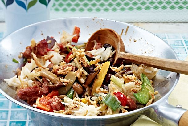 Asiatische Mett-Gemüse-Pfanne Rezept
