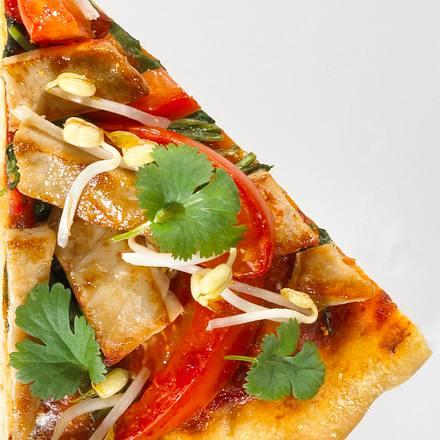 Asiatische Thunfisch-Pizza Rezept