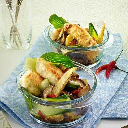 Asiatischer Kabeljau mit Shiitake, Pak Choi und Maiskölbchen Rezept