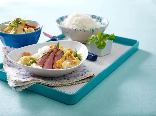 Asiatisches Gemüse-Curry mit gebratener Entenbrust Rezept
