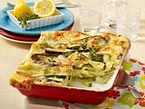 gnocchi zucchini pfanne mit feta cracker haube rezept lecker. Black Bedroom Furniture Sets. Home Design Ideas