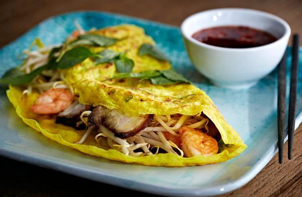 Bánh xèo (Vietnamesiche Crêpes mit Garnelen und Schweinebauch) Rezept