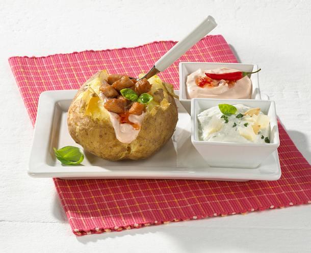 Backkartoffel mit zwei Dips Rezept