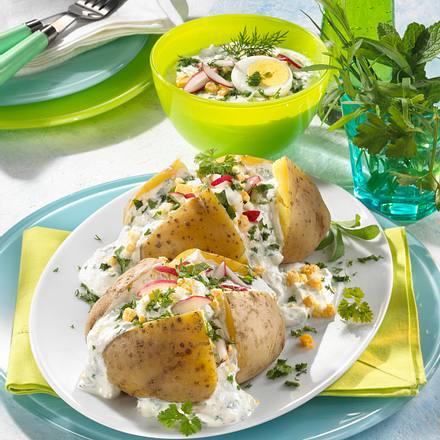 Backkartoffeln mit Frankfurter Grüne Soße Rezept