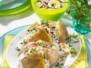 Backkartoffeln mit Frühlingsquark Rezept