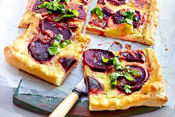 """Bada-boom""- Rote-Bete-Pizza Rezept"