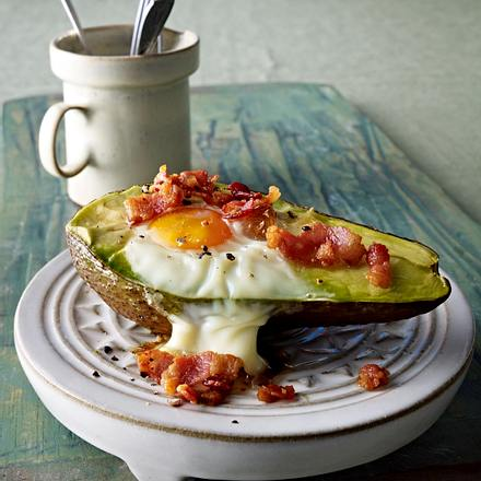 Bakes-Eggs-Avocado (Avocadohälften mit Eiern) Rezept
