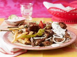 BalkanTeller mit Tsatsiki Rezept