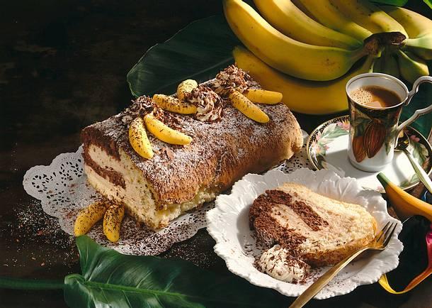Bananen-Biskuitrolle Rezept
