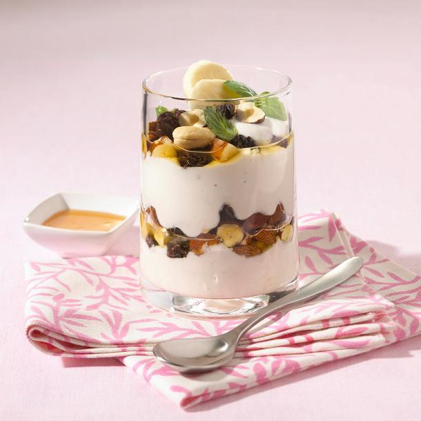 Bananen-Buttermilch-Quark mit Nüssen (Diät) Rezept