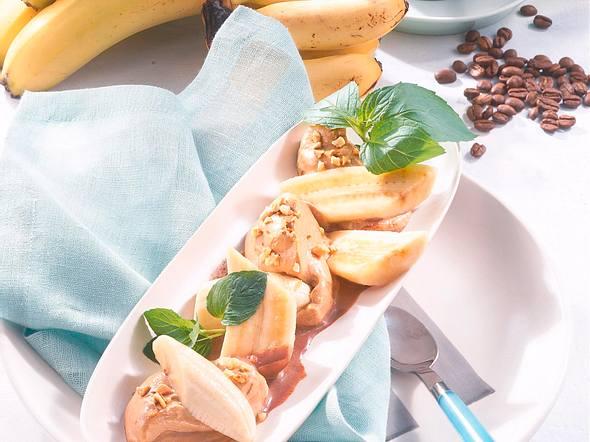 Bananen mit Cappuccino-Sahne Rezept