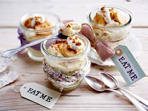 Bananen-Pudding mit Haselnusskrokant Rezept