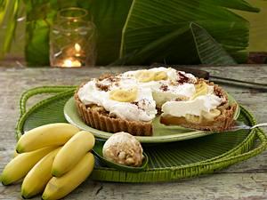 Bananoffee Cake und Macadamia Karamelleis (Promidinner Dschungelcamp Dessert Kathy Karrenbauer) Rezept