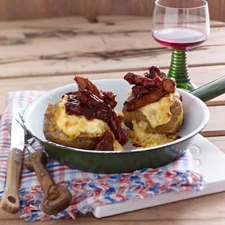 barbecue geschnetzeltes mit gebackener kartoffel rezept chefkoch rezepte auf. Black Bedroom Furniture Sets. Home Design Ideas