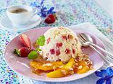Basmati-Erdbeerreis auf Mangosalat mit Karamellsoße Rezept