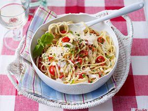 Bavette mit Tomaten und Parmesan Rezept