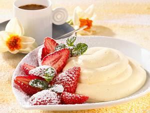 Bayerische Creme mit Erdbeeren Rezept