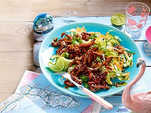 BBQ Chicken Stir-Fry and Coleslaw Rezept-F8581301