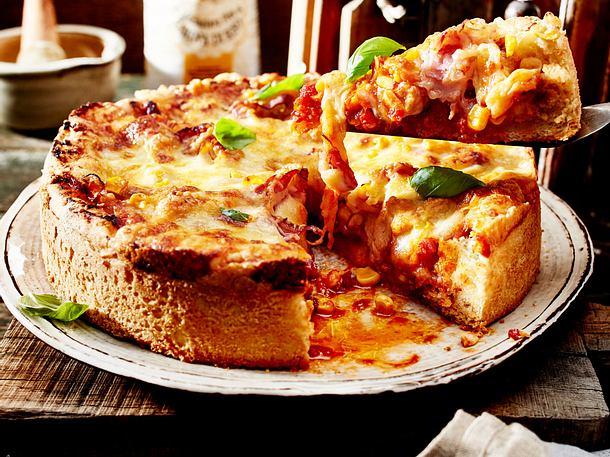 BBQ-Pizza mit Hähnchen Rezept