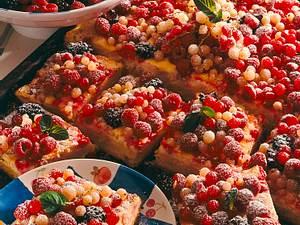 Beerenkuchen mit Quark-Schmandguss Rezept