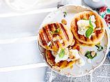 Grill-Donuts mit Ananas und Frozen Kokos-Yogurt Rezept