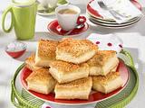 Bienenstich mit Pudding-Crème fraîche-Füllung Rezept