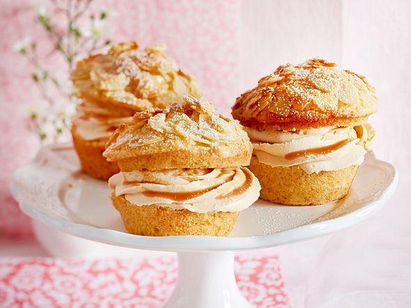 Bienenstich-Muffins mit Karamell-Sahne Rezept