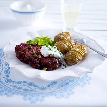 Biff à la Lindström mit Hasselback-Kartoffeln Rezept