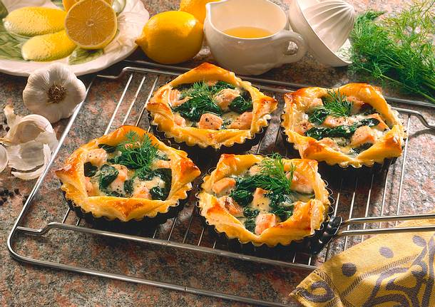 Blätterteig-Lachs-Törtchen Rezept