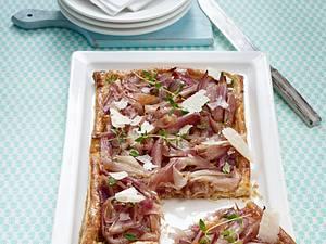 Blätterteig-Tarte mit karamellisieren Schalotten Rezept