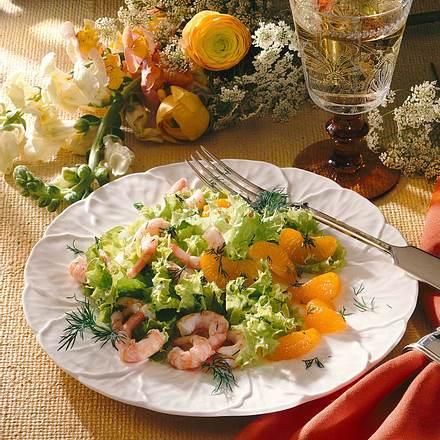 Blattsalat mit Krabben und Mandarinen Rezept