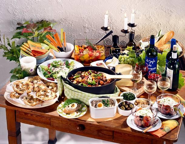 Blattsalat mit Trauben und Nüssen Rezept