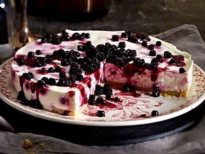 Blaubeer-Frischkäse-Torte mit salzigem Shortbread-Boden Rezept
