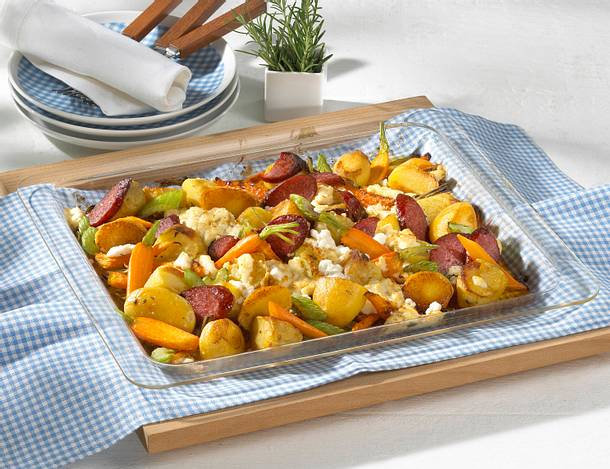 Blechkartoffeln mit Cabanossi Rezept