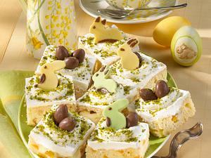 Blechkuchen aus Aprikosen-Rührteig mit Quarkcreme Rezept
