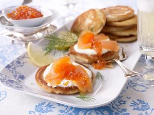 Blinis mit Lachs und Kaviar Rezept