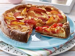 Blitz-Pflaumenkuchen mit Zucker-Ei-Streusel Rezept