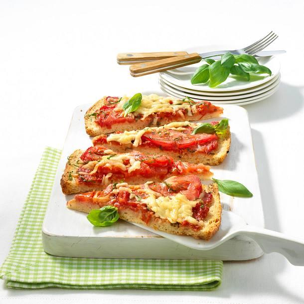 Blitz-Pizza mit krausen Tomaten Rezept