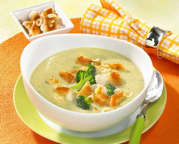 Blumenkohl-Broccoli-Creme mit Nuss-Croûtons Rezept