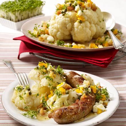 Blumenkohl polnisch mit Weißbrot-Croûtons zu Bratwurst Rezept