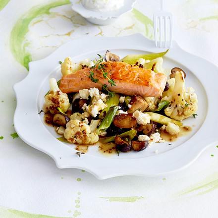 Blumenkohl-Salat zu gebratenem Lachs Rezept